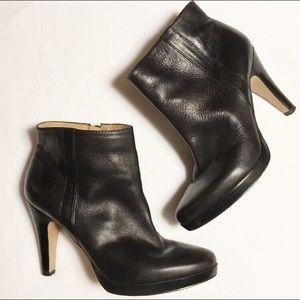 Nine West Trivett Black Leather Bootie